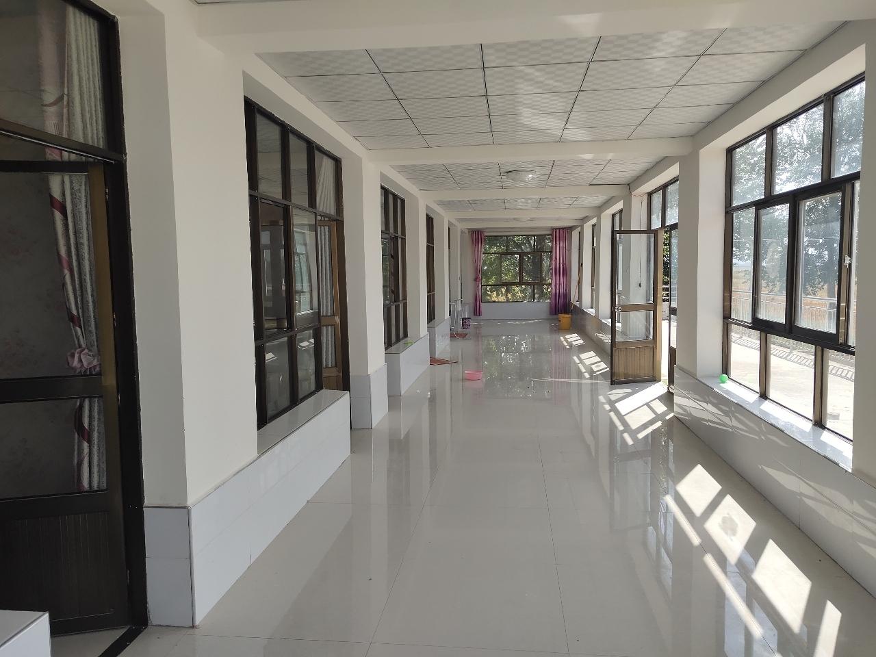 平原村小学附近自建2层500平方60万元