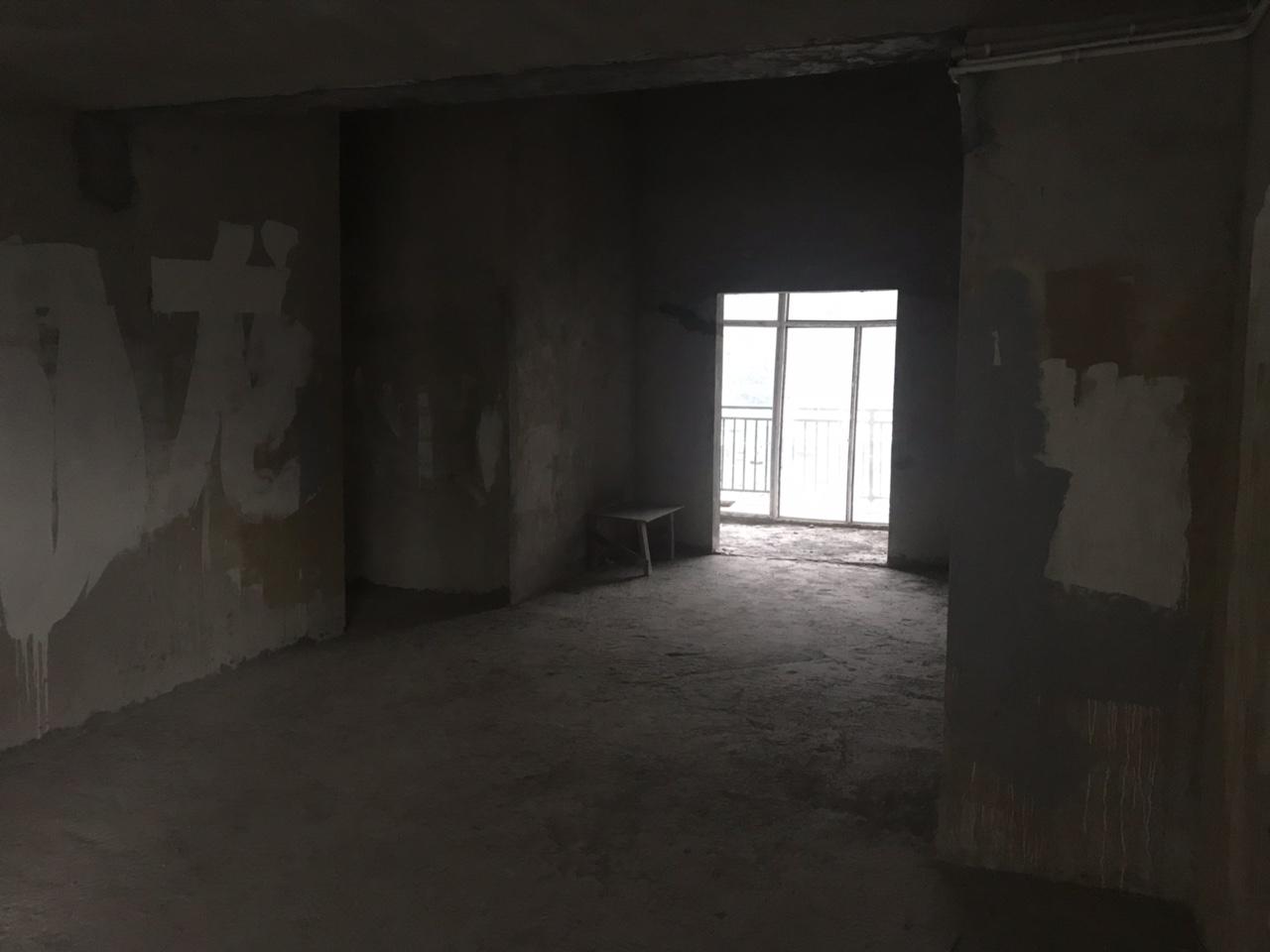 锦州新城B区3室2厅2卫60万元
