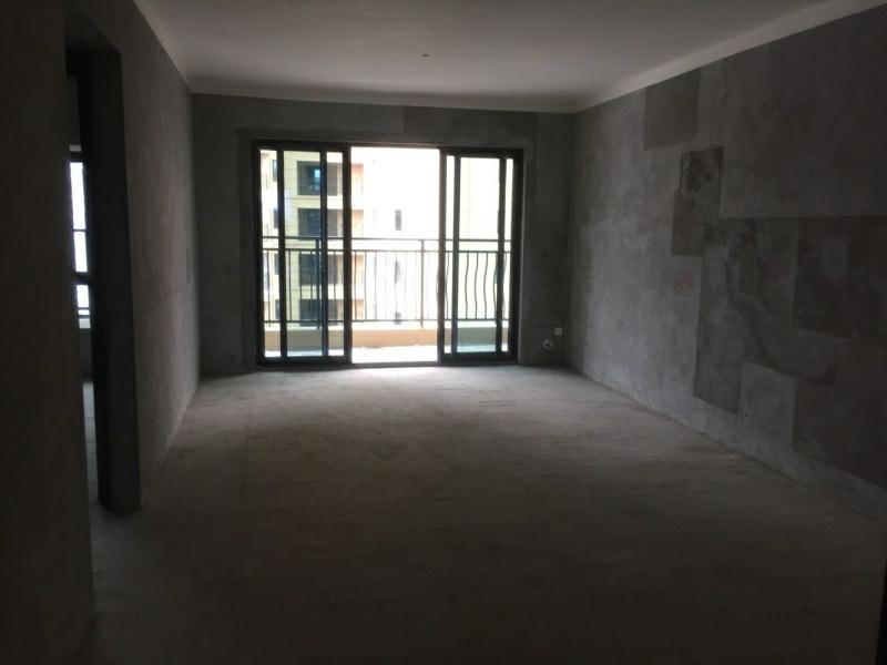 润天·檀香山3室2厅2卫51.8万元