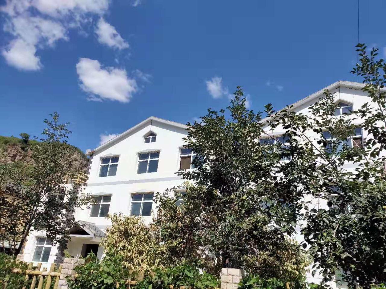 野三坡别墅,上下三层,单价2600,有本可首付