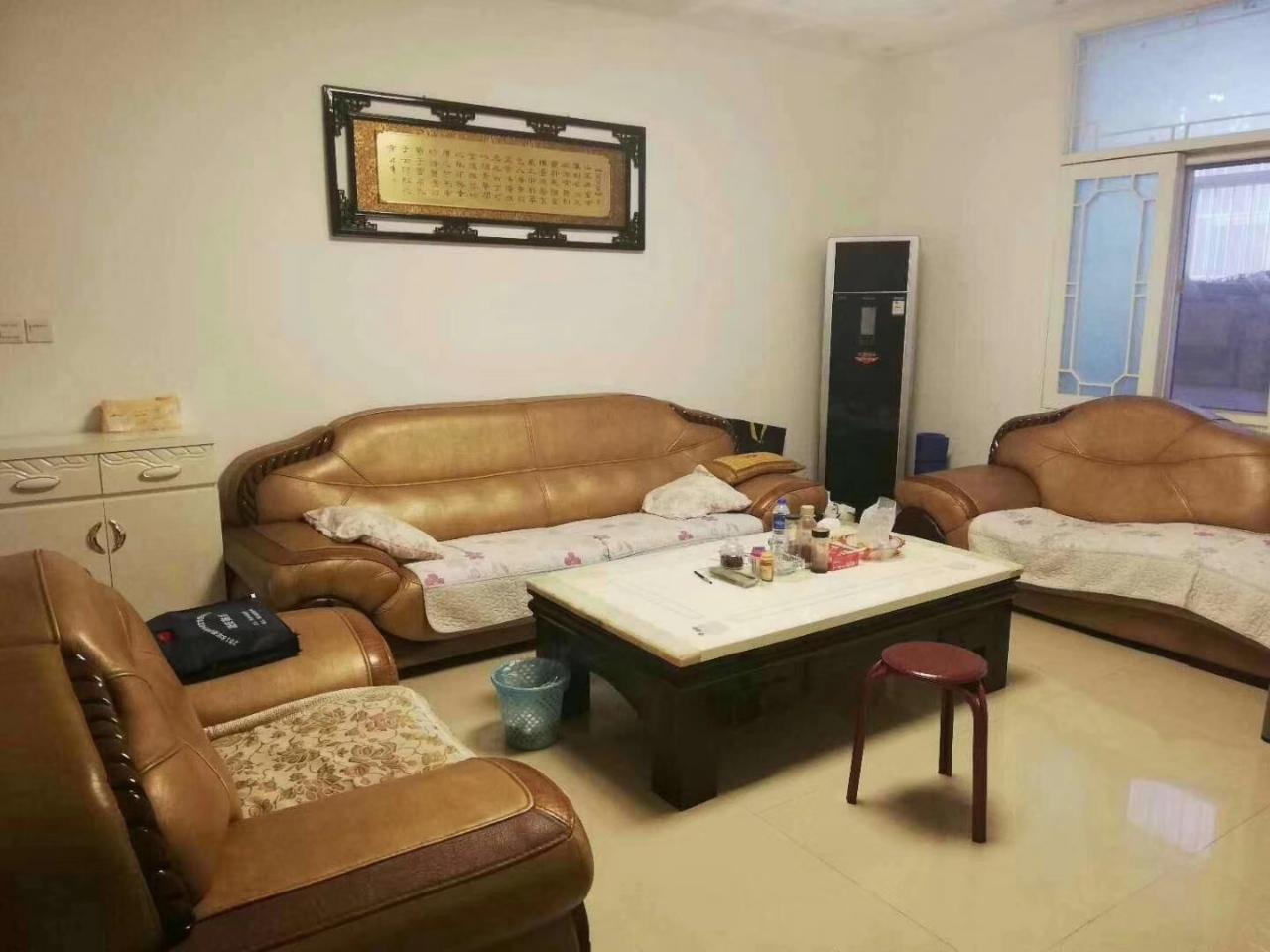 翠屏小区3室2厅2卫35万元