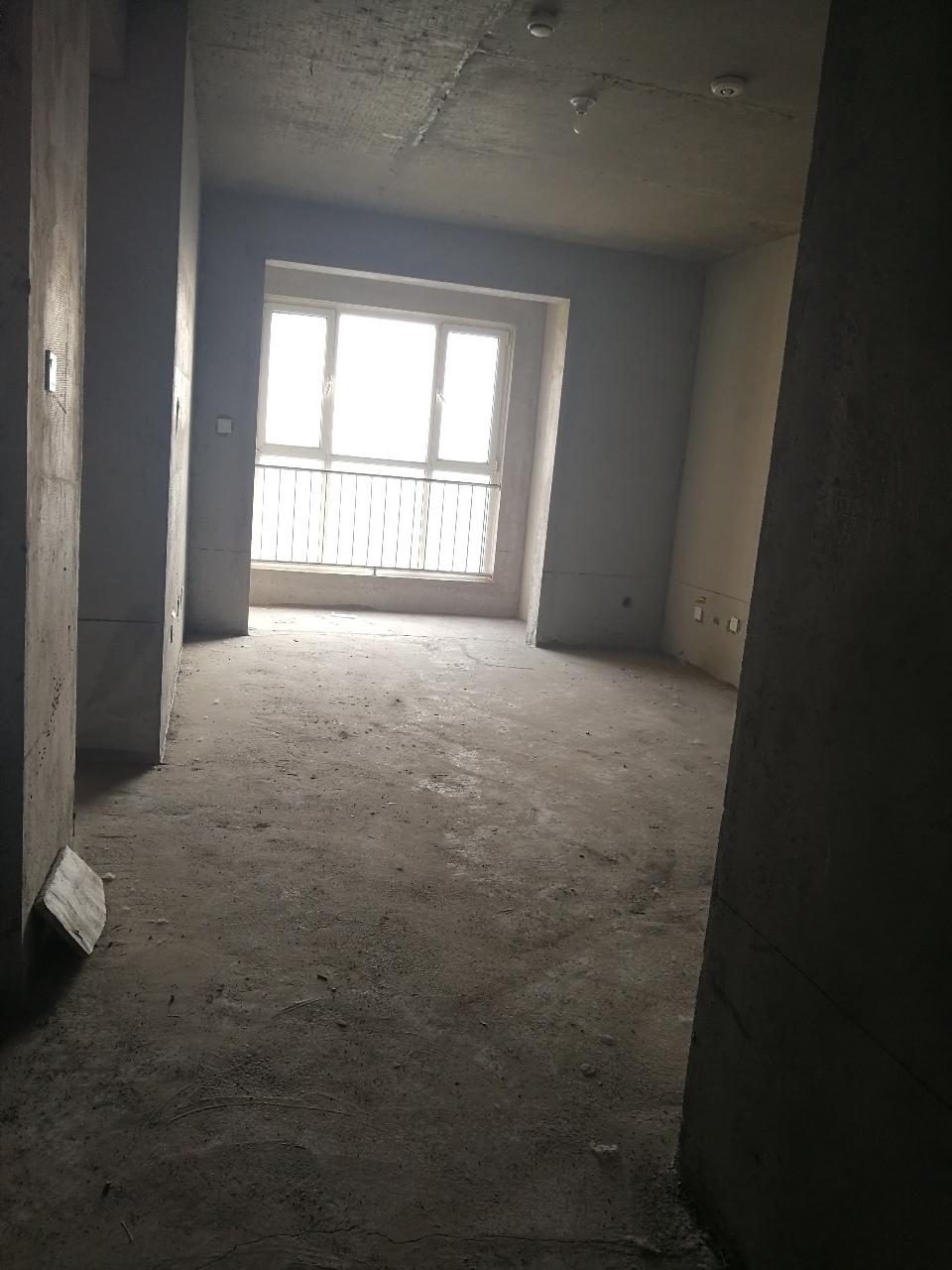 渤海经典3室,毛坯,实验学区房,57万元,可贷