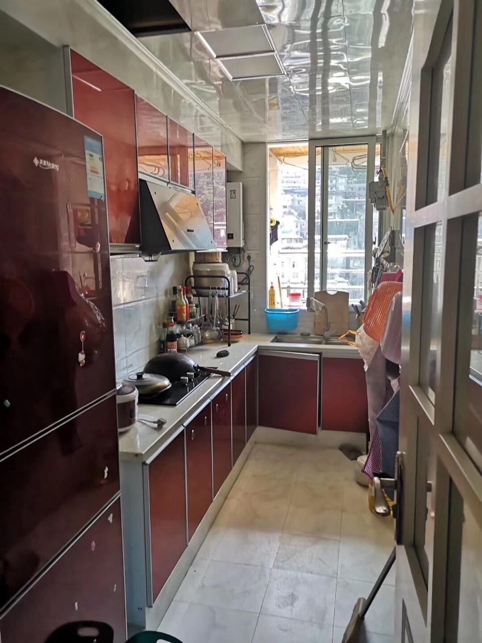 急售澎湖花园78平米精装2室喊价51.8万