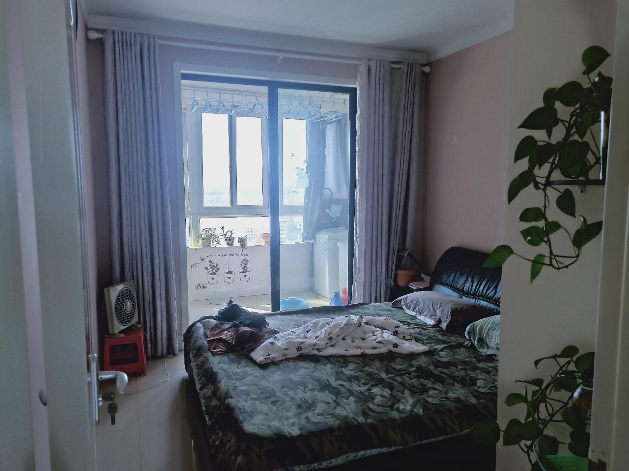 昊宇小区3室2厅1卫100万元中等装修