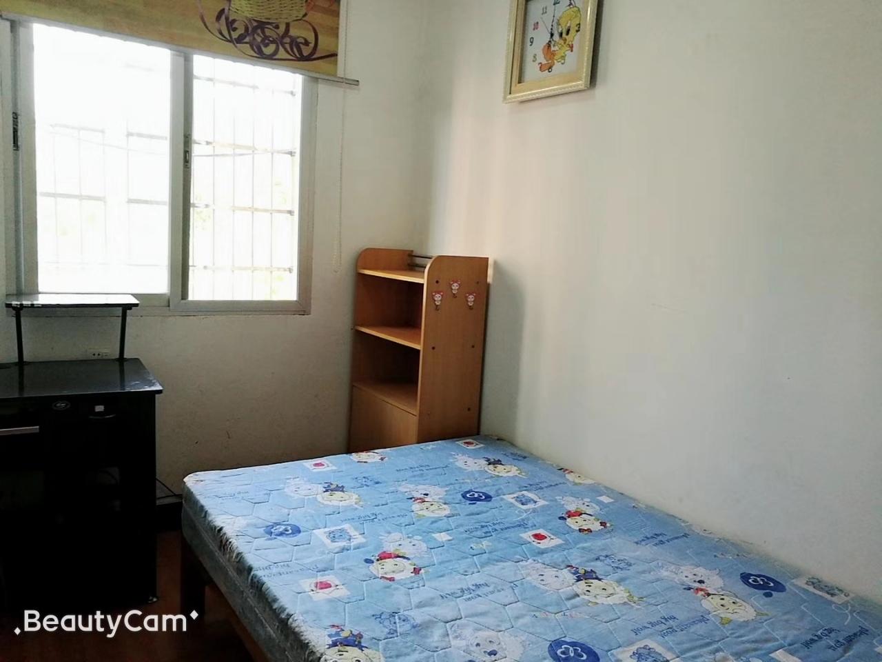 南区四村2室2厅1卫76.5万元