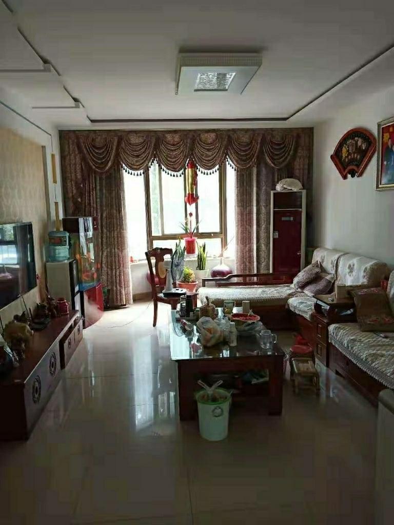 F1071美景天城3室2厅2卫137万元