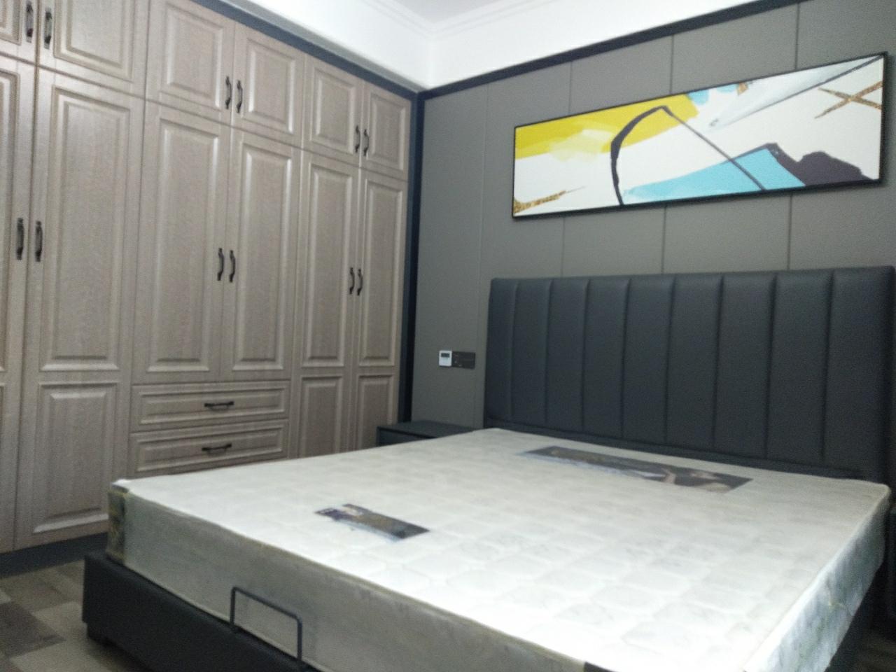 國興海棠國際3室2廳2衛128萬元