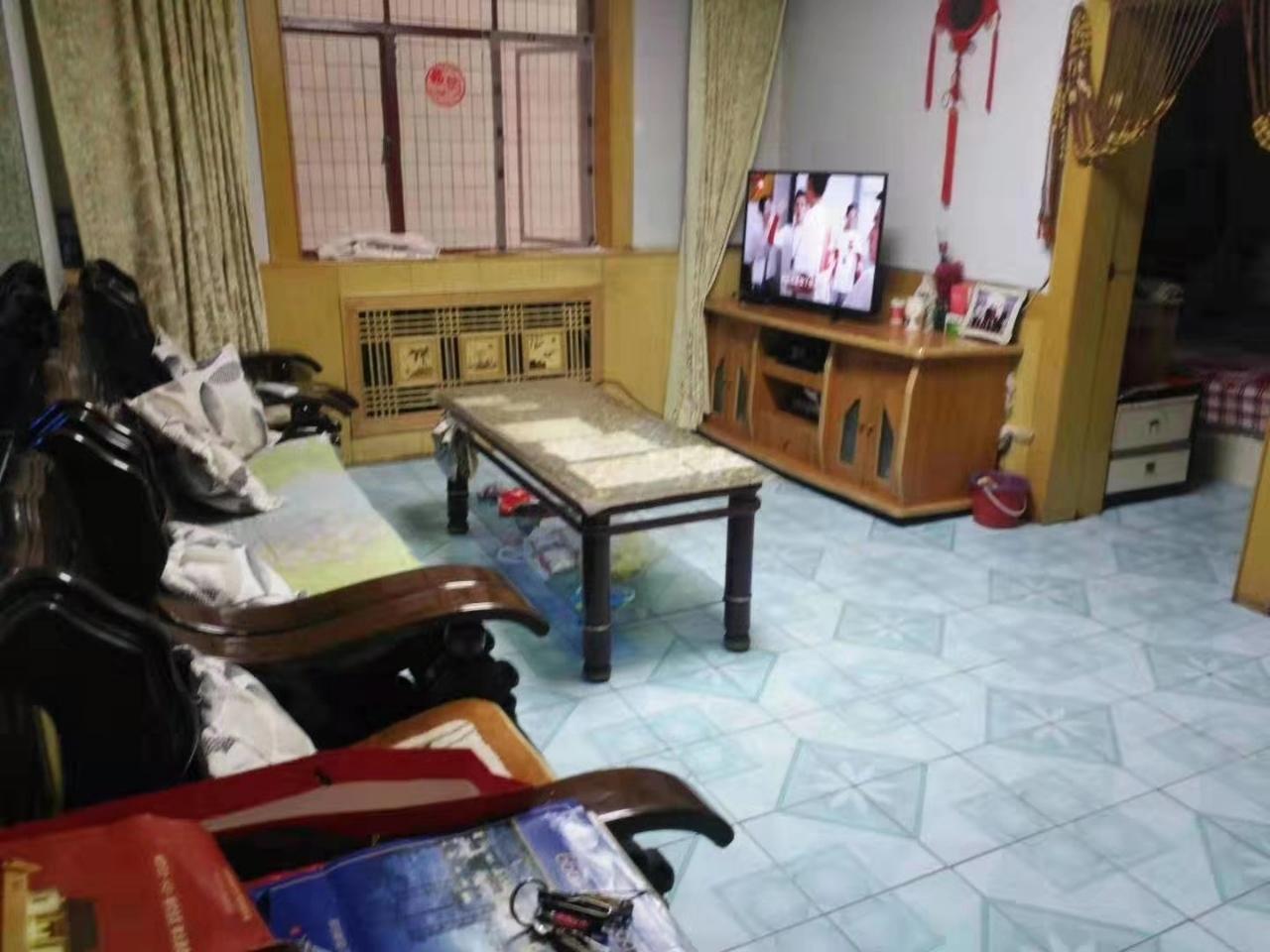 陶瓷路口2室1厅1卫26万元
