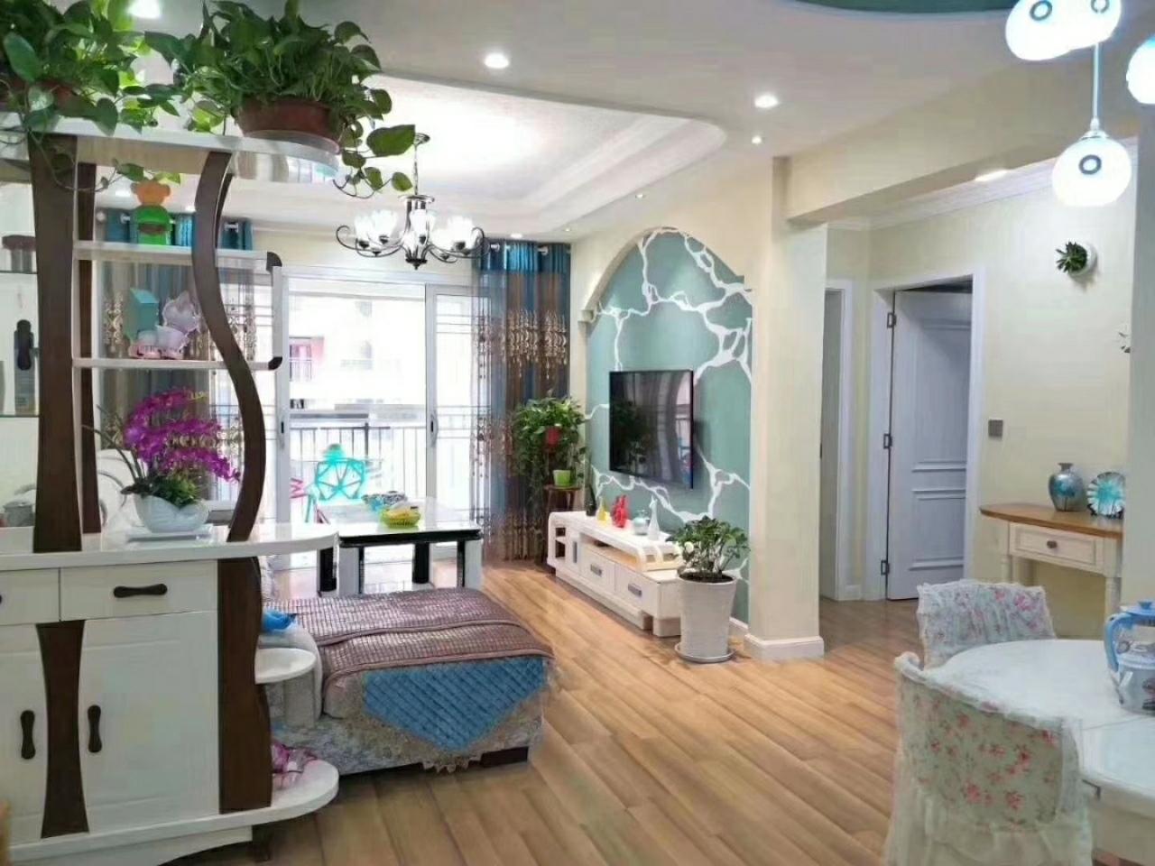 国维·中央府邸精装2室1厅喊价58.8万元