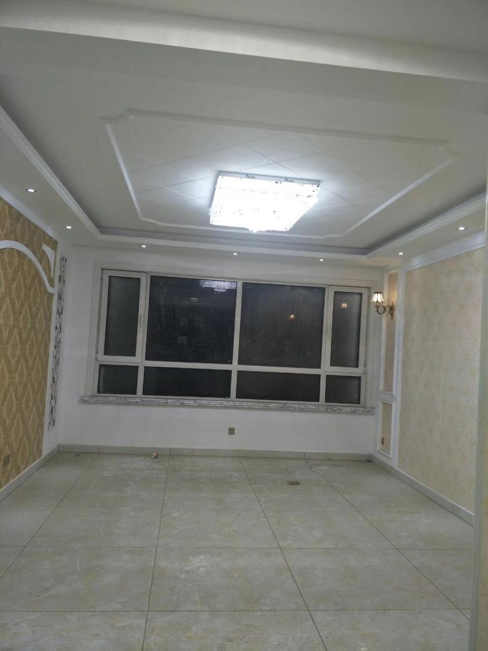 凯泽·翡翠城精装修带车位,储藏室3室130万元