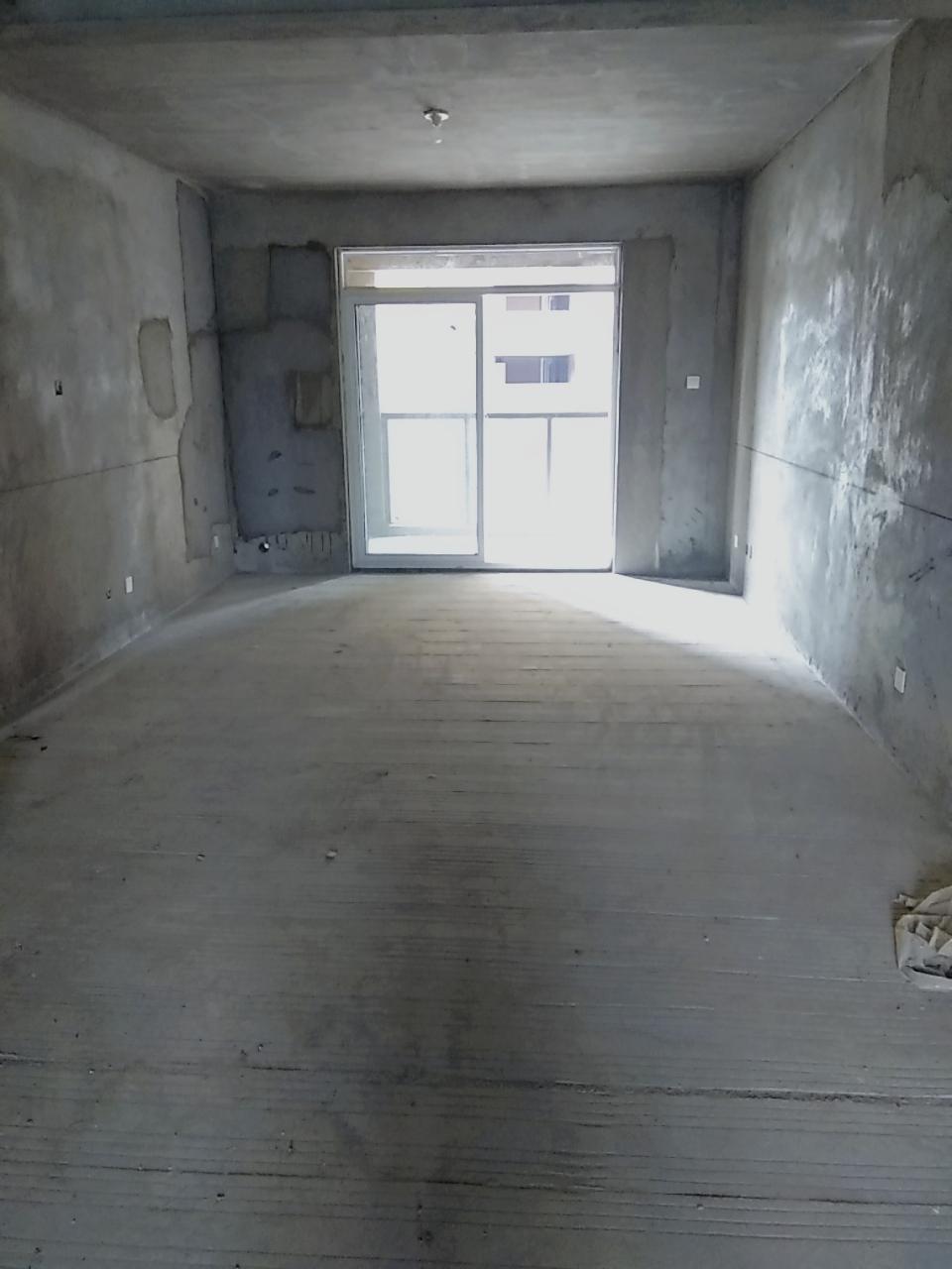 沈苑小区3室2厅1卫58万元