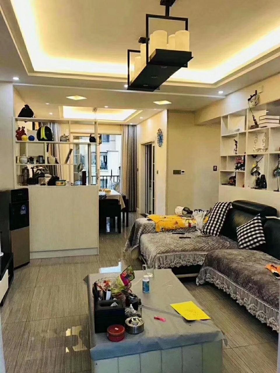 山臺山精裝4室2廳2衛喊價139.8萬元