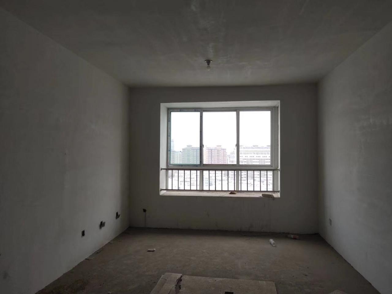 抢,圣水学区,平章府15楼,毛坯2室,102平储