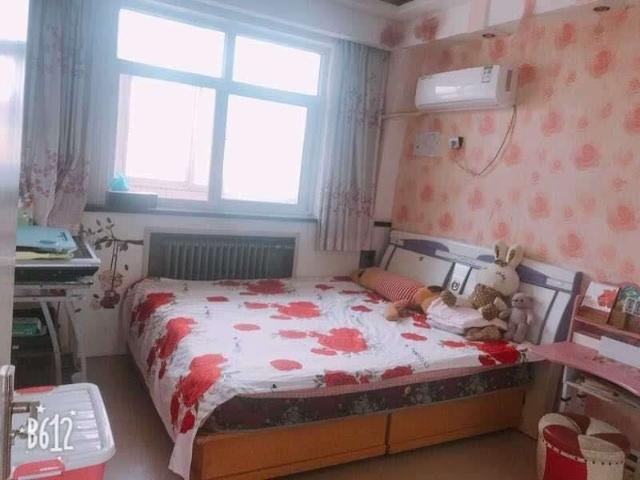 富兴小区,有本,简单装修三居室首付26万
