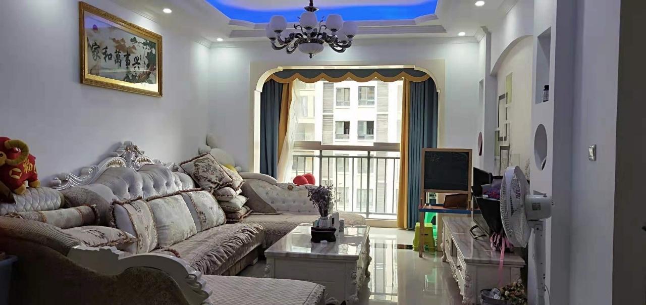国维·中央府邸2室2厅1卫54.8万元