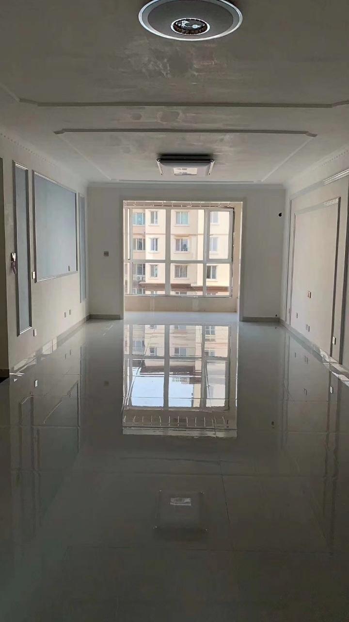 出售宇联馨苑电梯精装修3室2厅1卫83万元