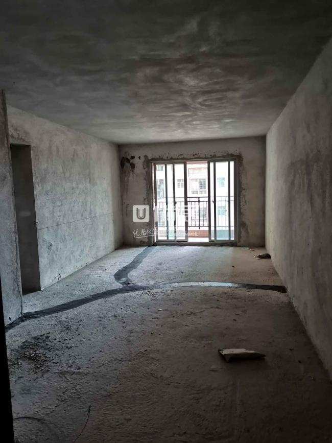 碧桂城三房两厅两卫58.8万户型方正