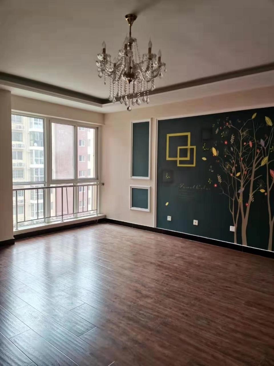 东方秀轩3室2厅2卫100万元
