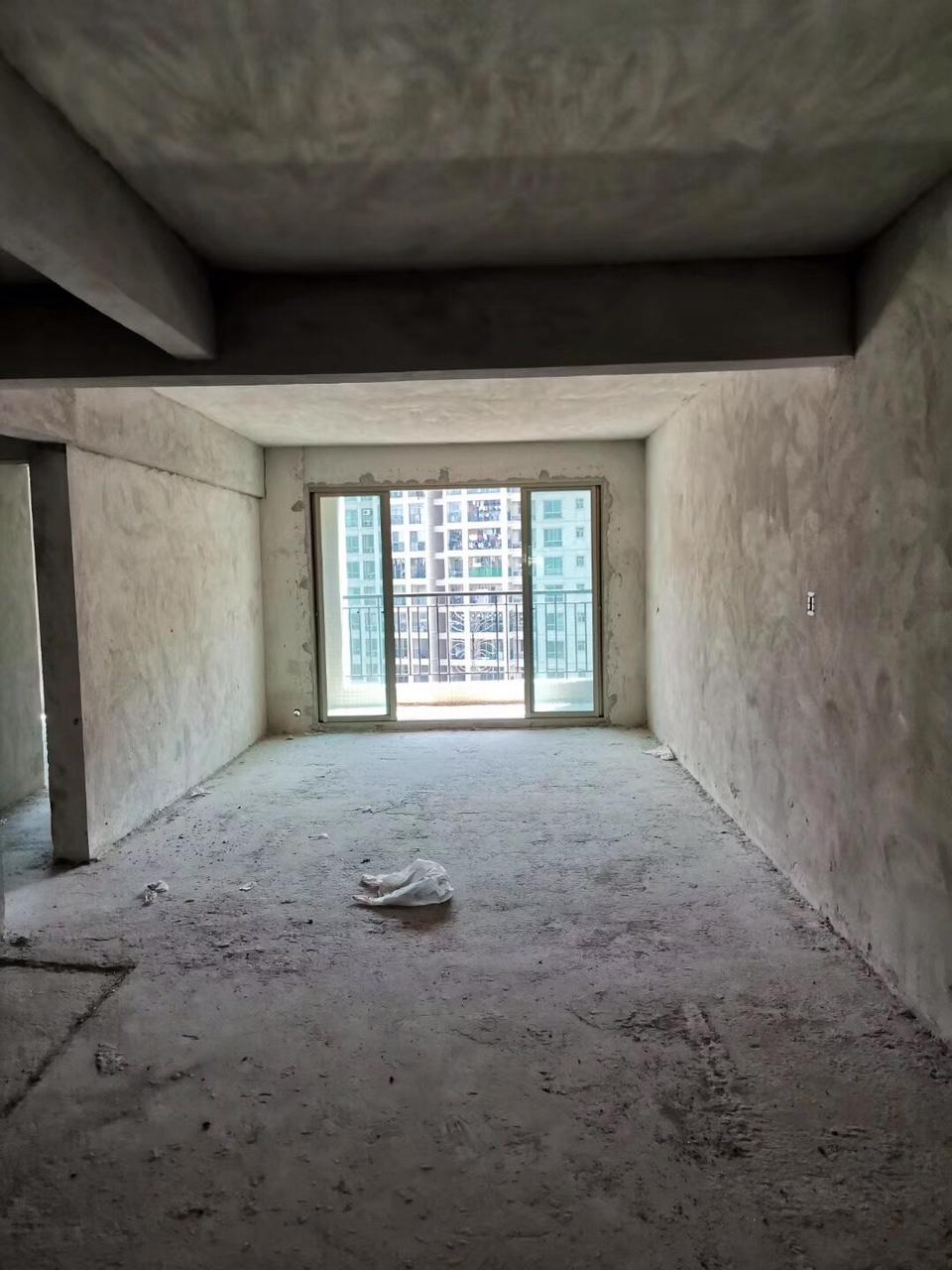 碧桂华庭3室2厅2卫53.9万元