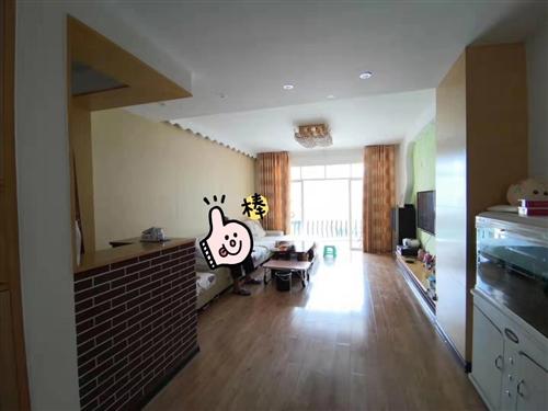 滨江花园3室2厅2卫50万元