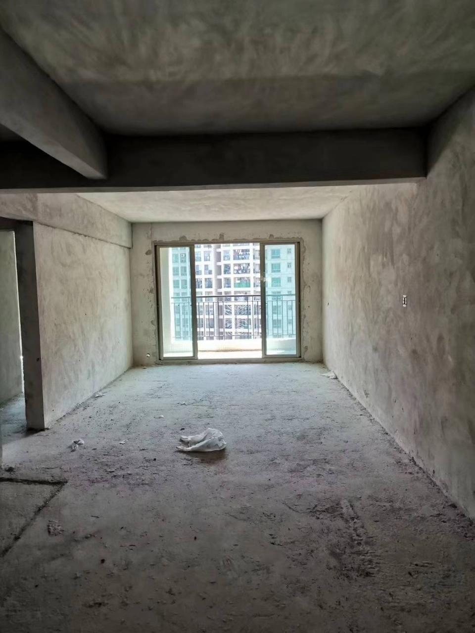 碧桂华庭二期3室2厅2卫53.9万元毛坯