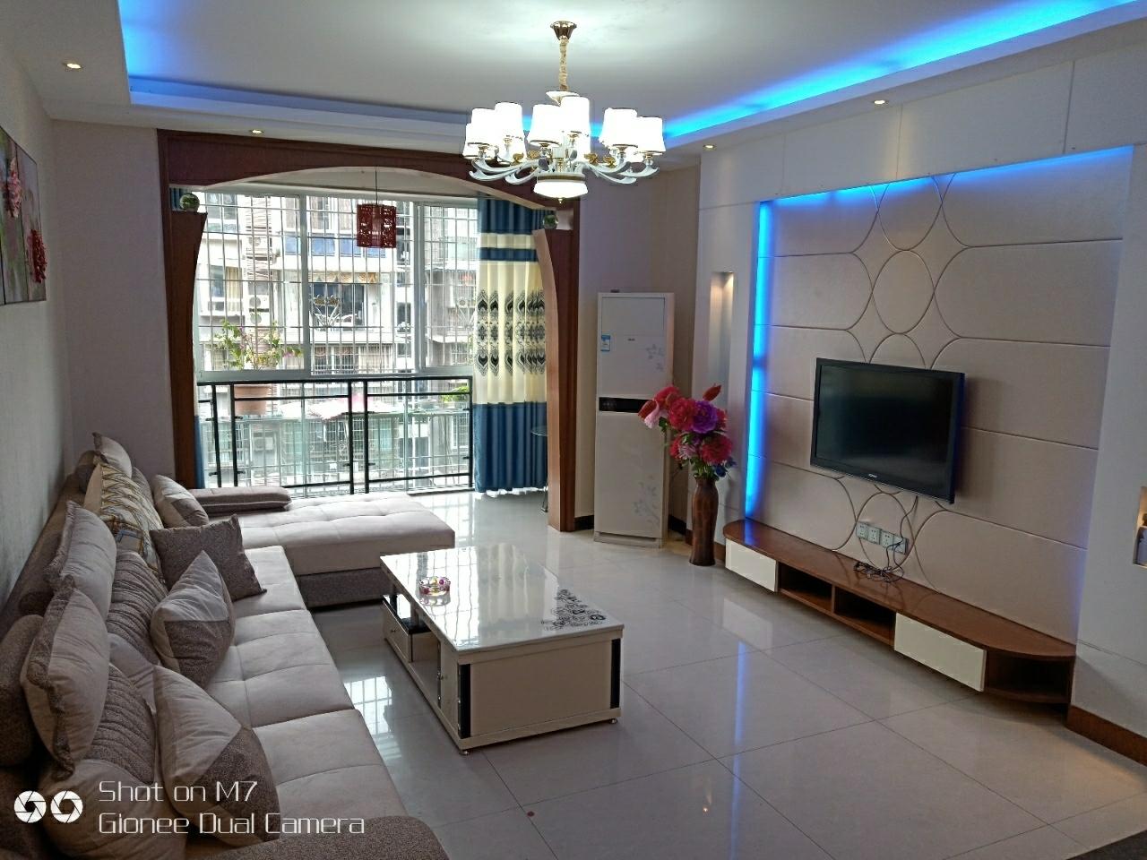 城南枫景3室 2厅 2卫75.8万元