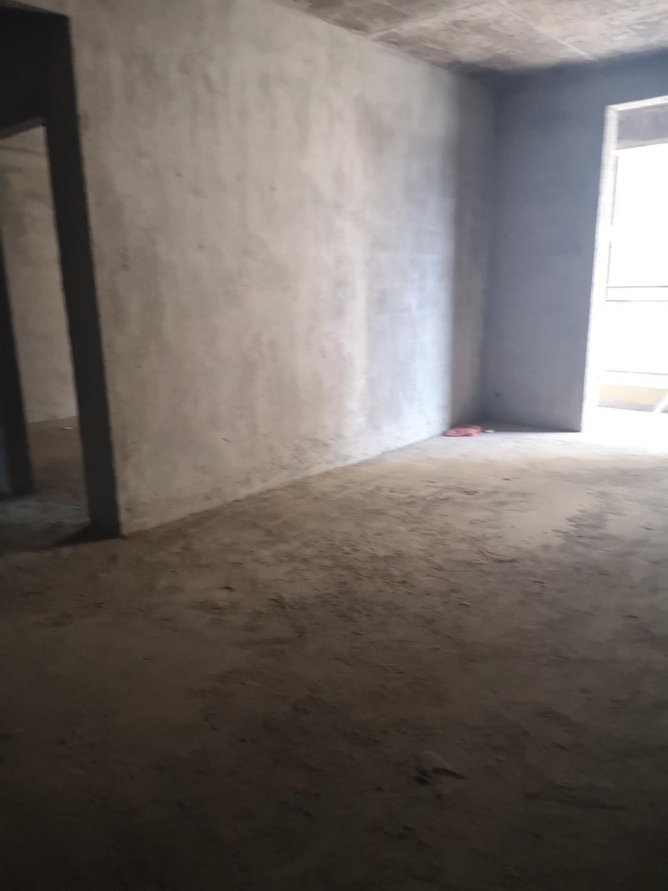 黄金水岸小区3室 2厅 2卫60.4万元