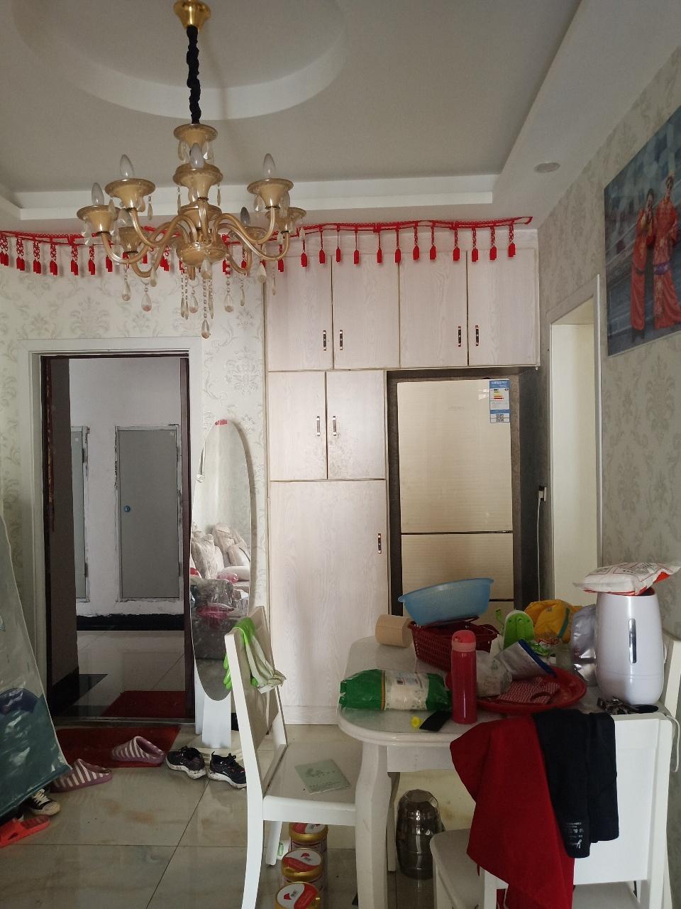悦清雅苑3室 2厅 1卫64万元