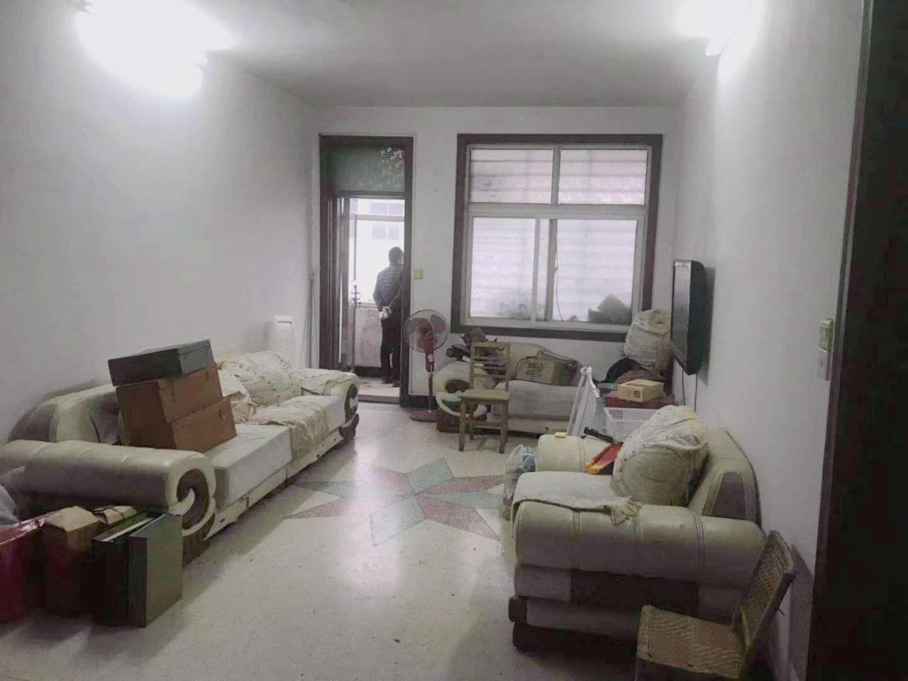 仁義小區  3室 2廳1衛  有房產證  41萬元