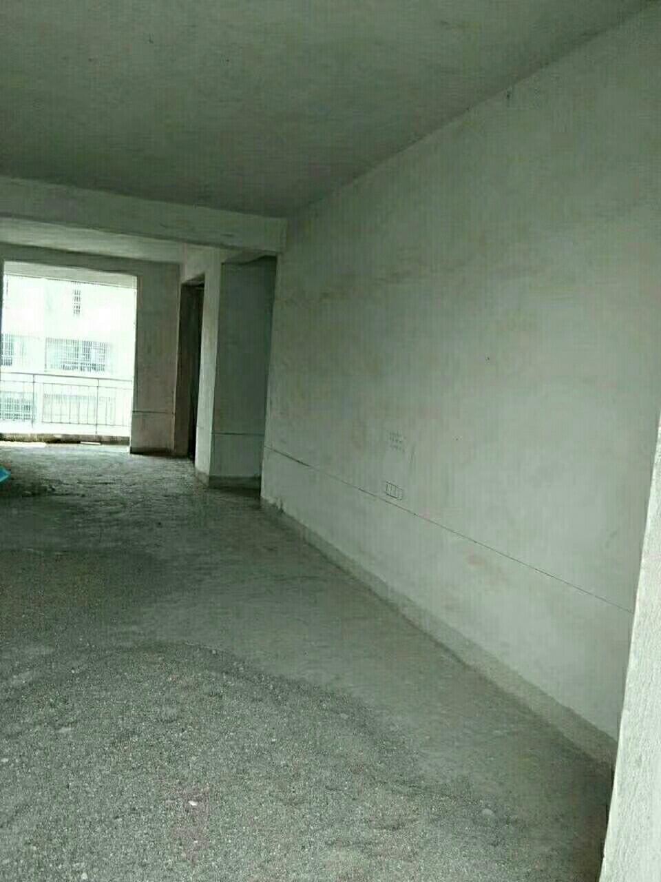 博大花苑3室 2廳 2衛69萬元
