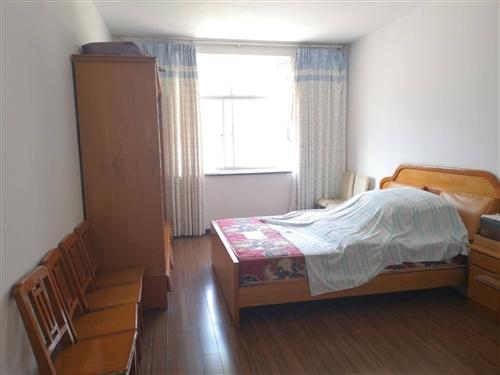 金鳳凰3室 2廳 2衛55.8萬元