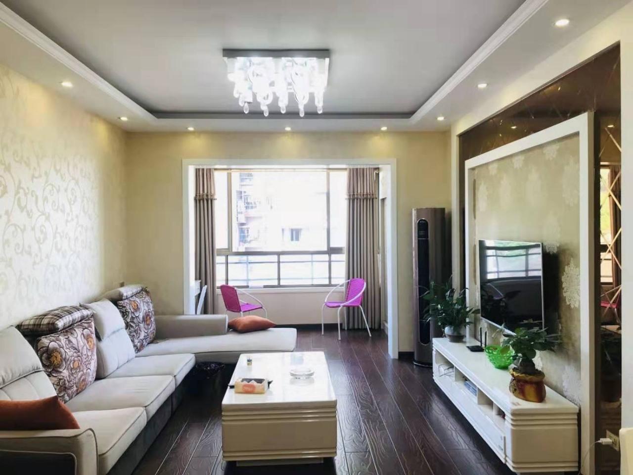 世紀花城2室 2廳 1衛56.8萬元