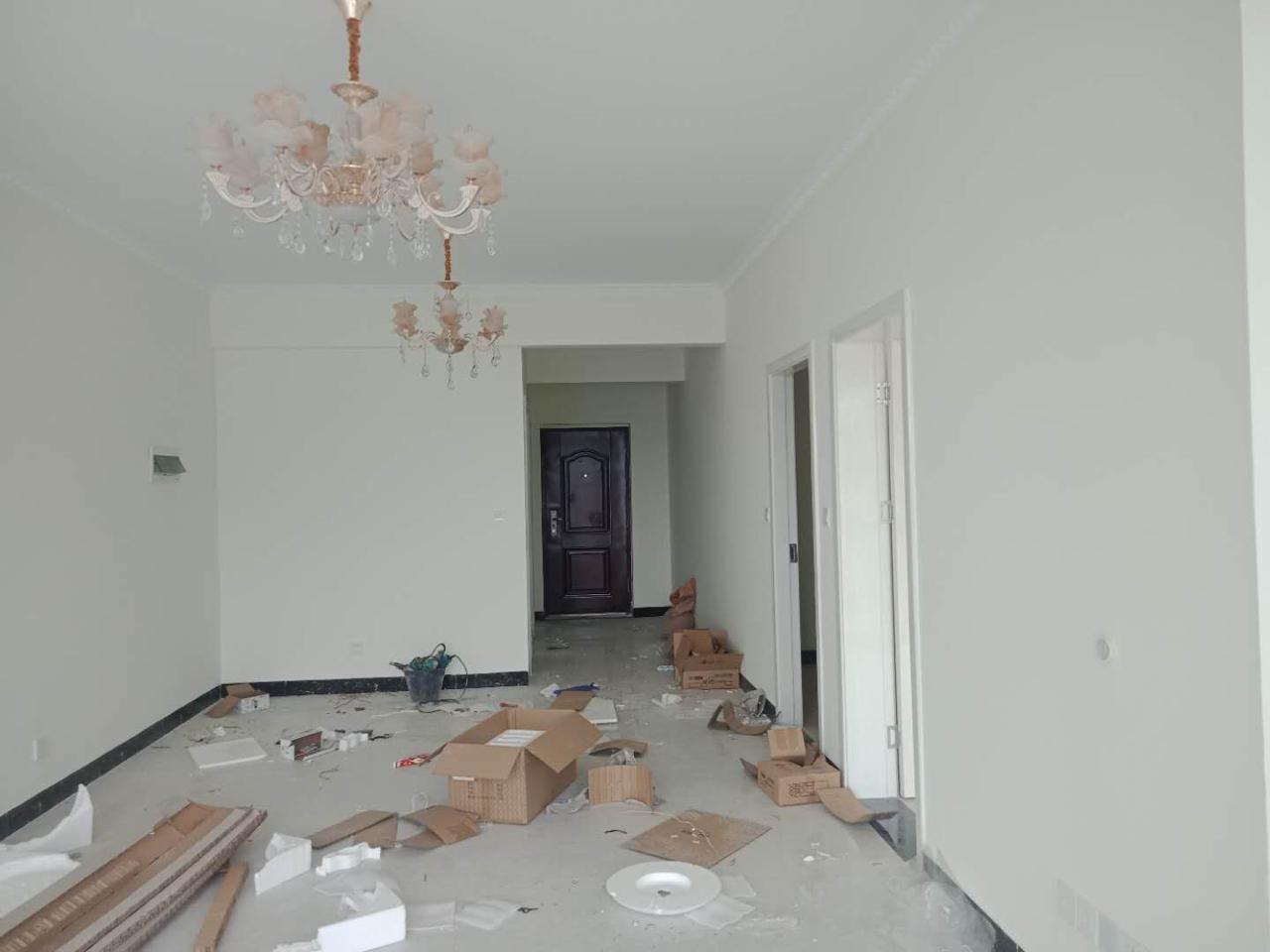 云溪新街2室 2厅 1卫44万元