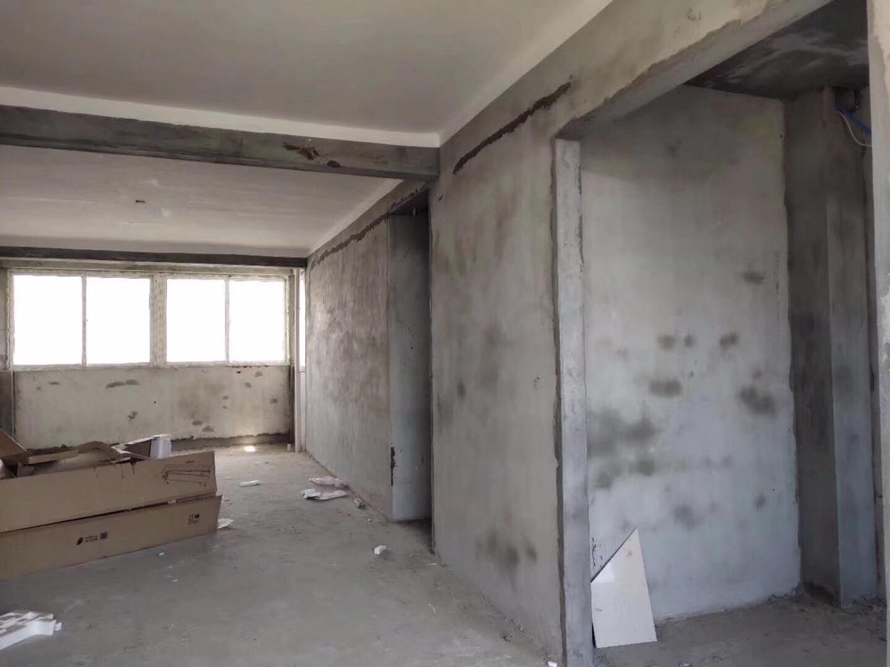 泰和馨城3室 2厅 1卫67万元