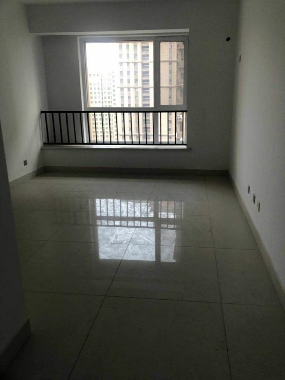 大海·丽苑兴安学区房简3室2厅2卫143平93万元