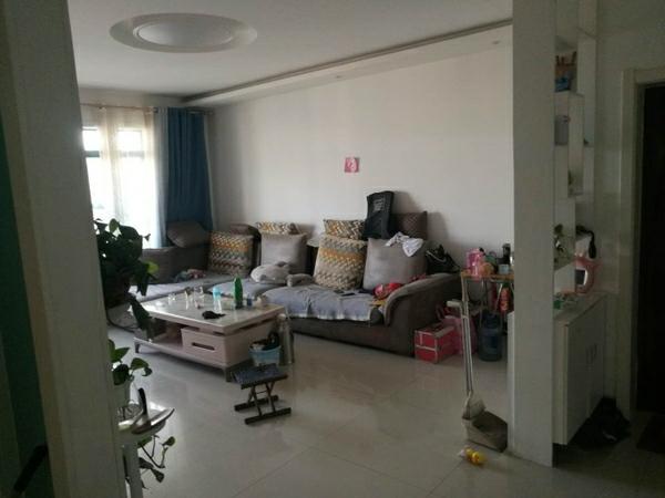 东方丽景英才学区精装3室2厅1卫95.6平49万元