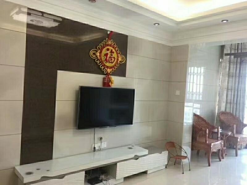 海棠華城3室 2廳 1衛93萬元