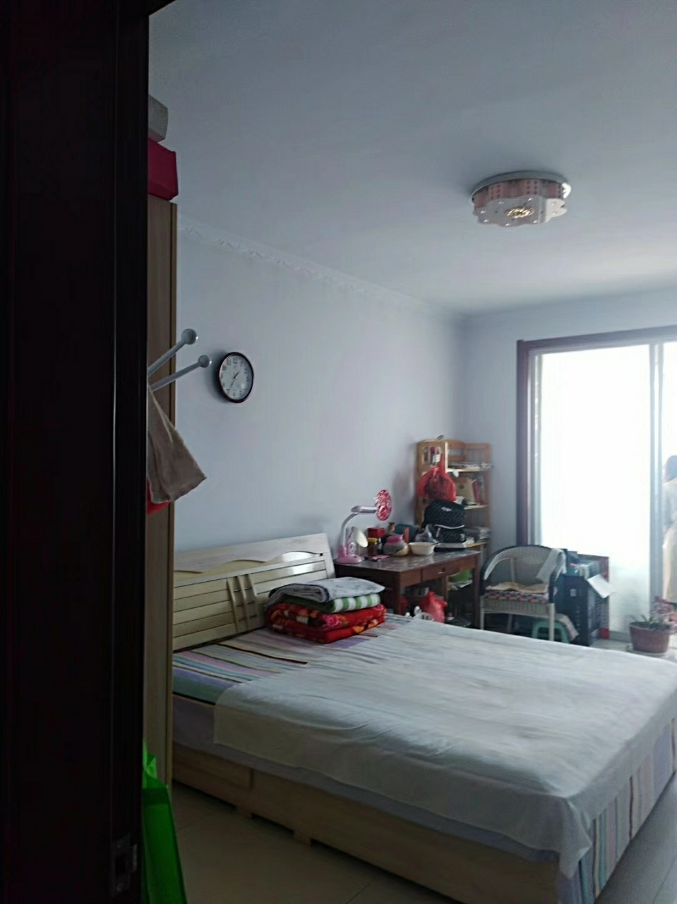 宝石家园4楼不是顶楼2室 2厅 1卫62万元