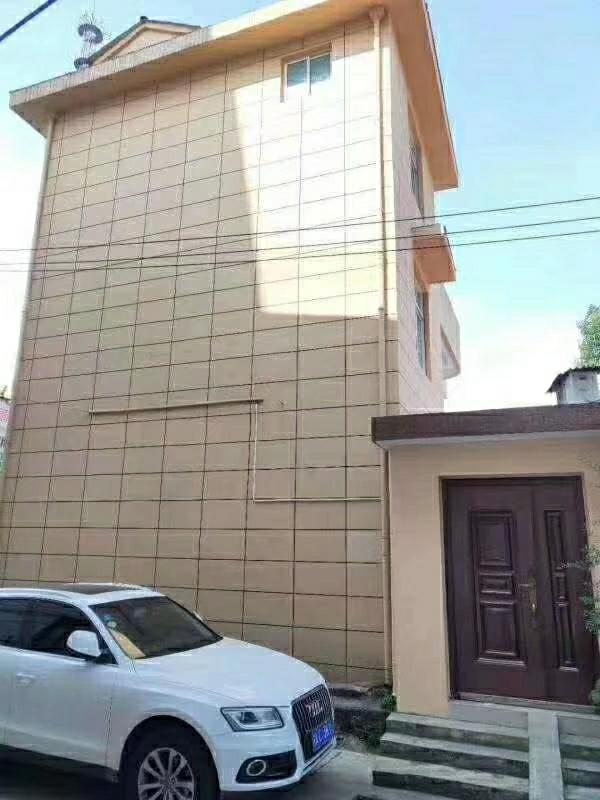 公安巷别墅【526】5室 3厅 3卫225万元