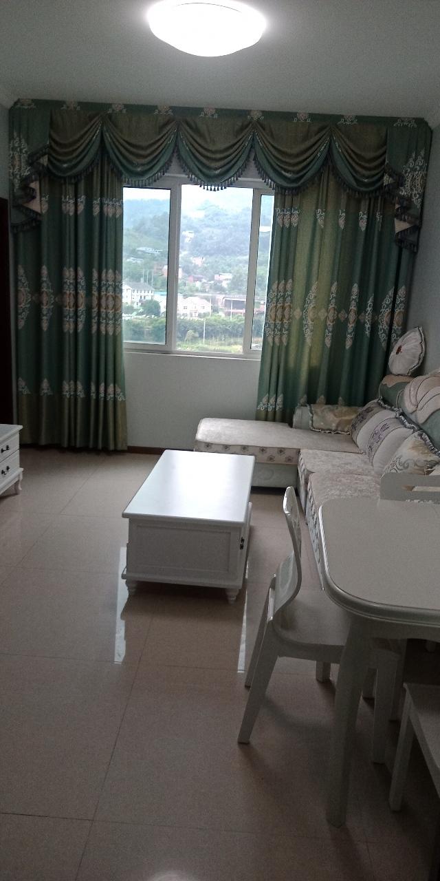 世纪五龙城2室 2厅 1卫43.5万元
