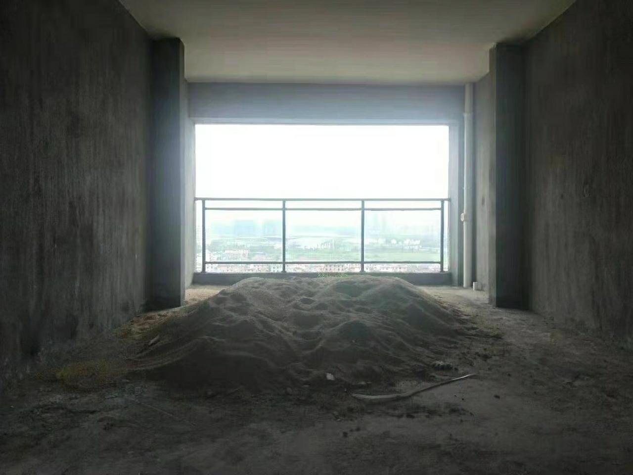 國興公館3室 2廳 2衛63萬元