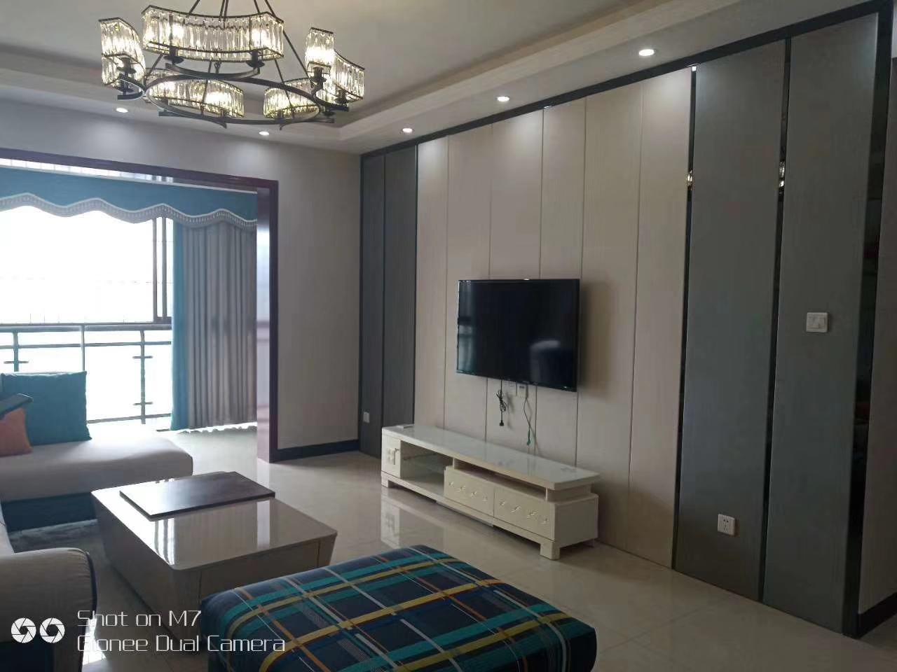 嘉南国际精装电梯可按揭3室 2厅 2卫85万元