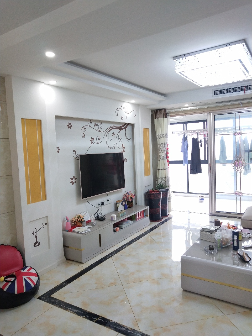 明珠花园(宜禾路)3室 2厅 2卫135万元