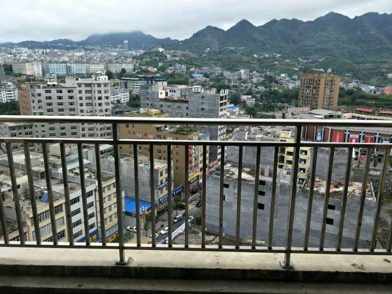 悦清雅苑3室 2厅 2卫64.45万元