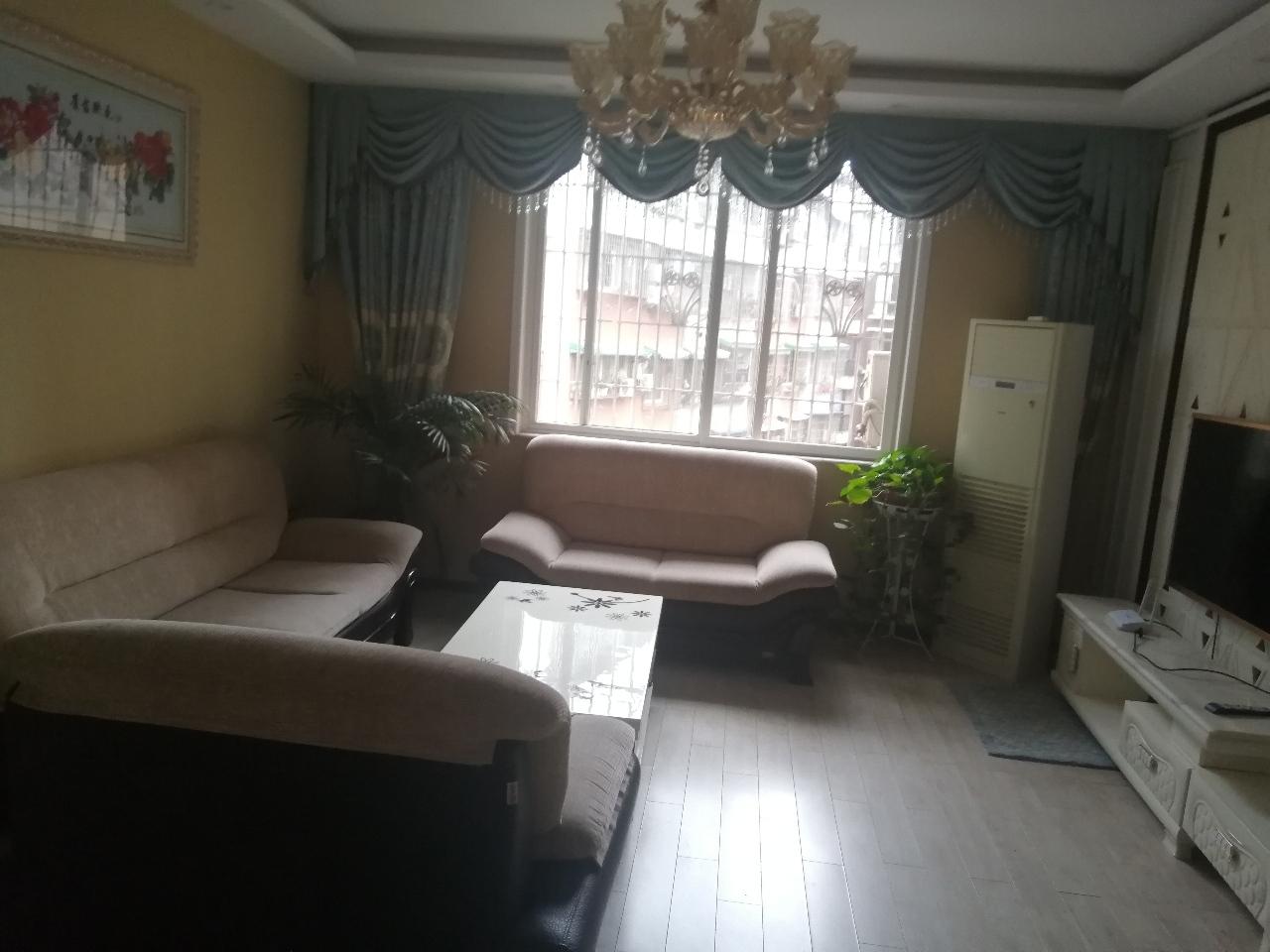 丽都滨河3室 2厅 1卫73.8万元