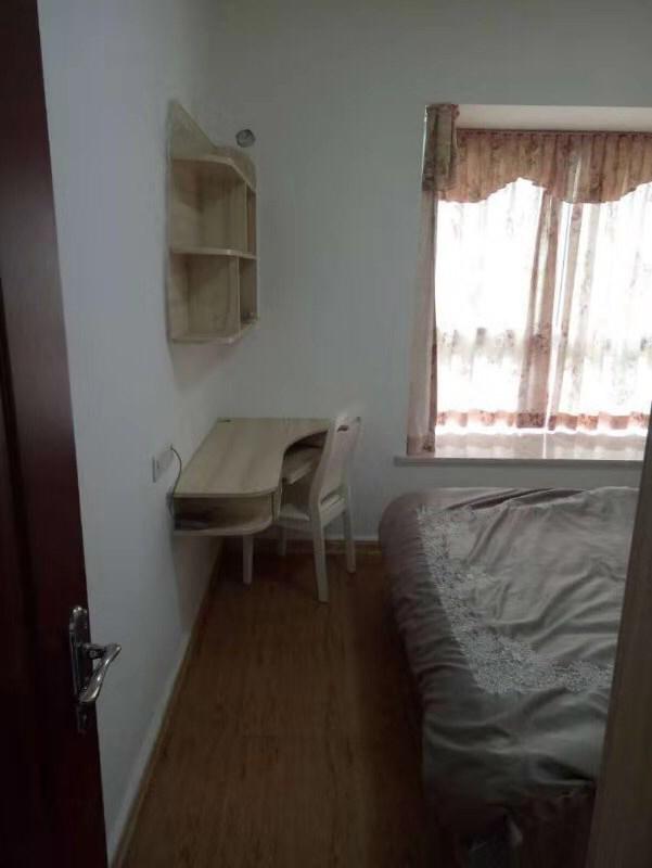 香江豪园2室 2厅 1卫48万元