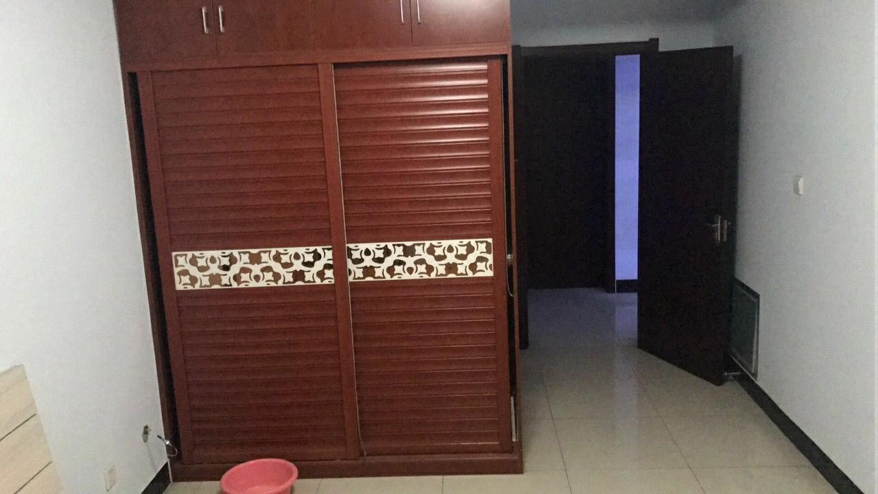 京州幸福城1室 1厅 1卫精装修24万元