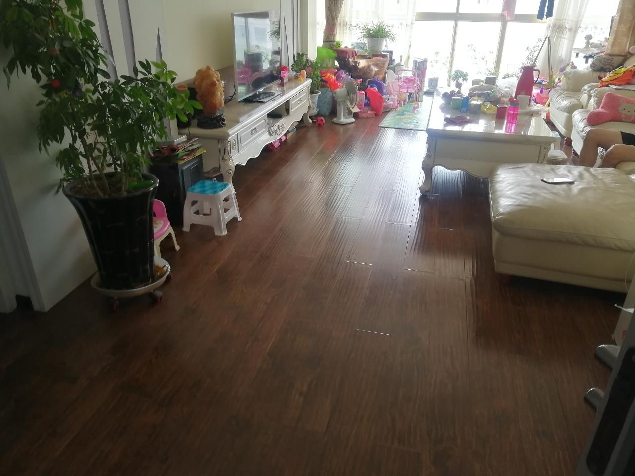 紫轩二期急售2室 2厅 1卫43万元