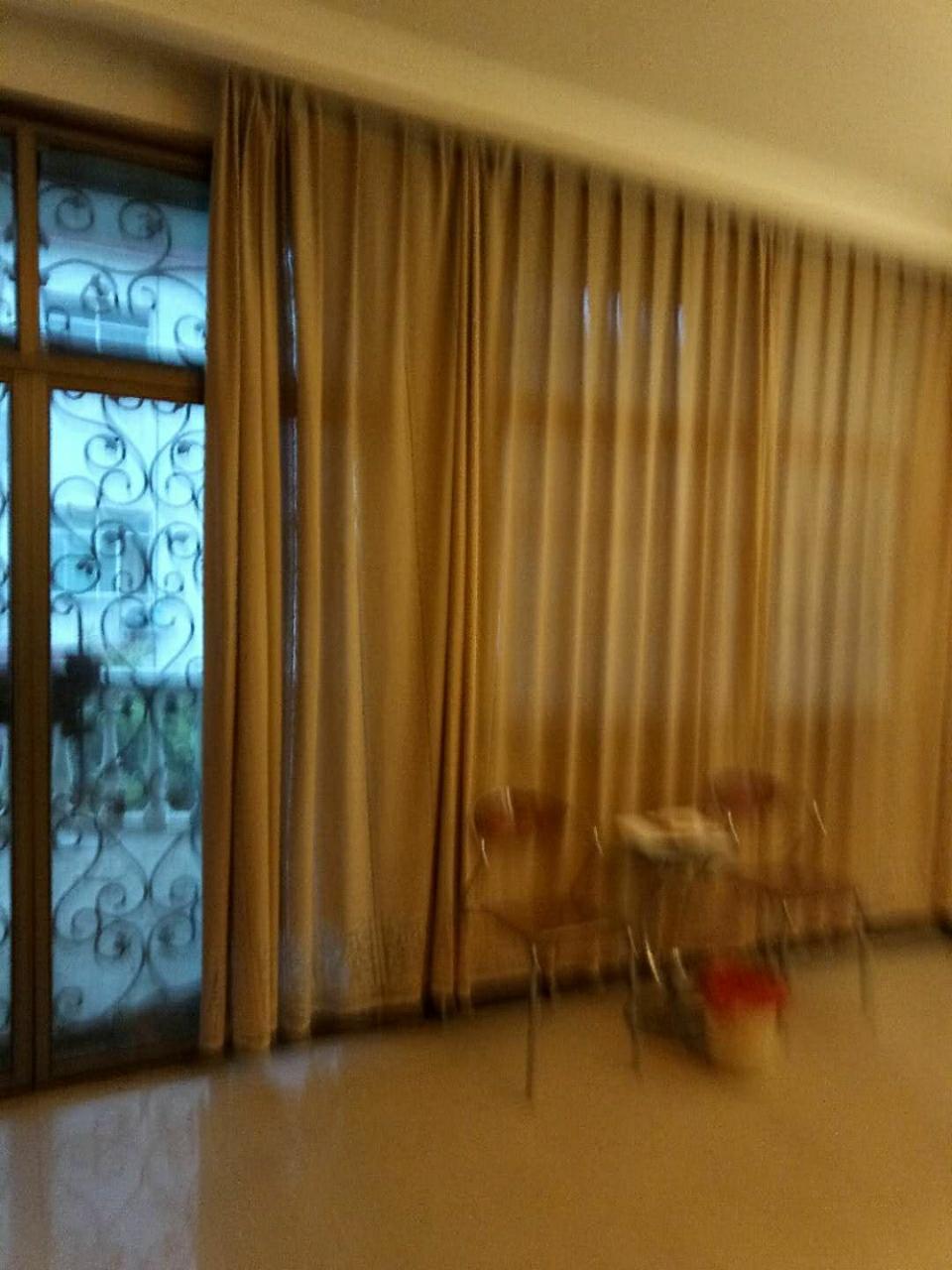 东方妇产科附近别墅4室 2厅 2卫130万元