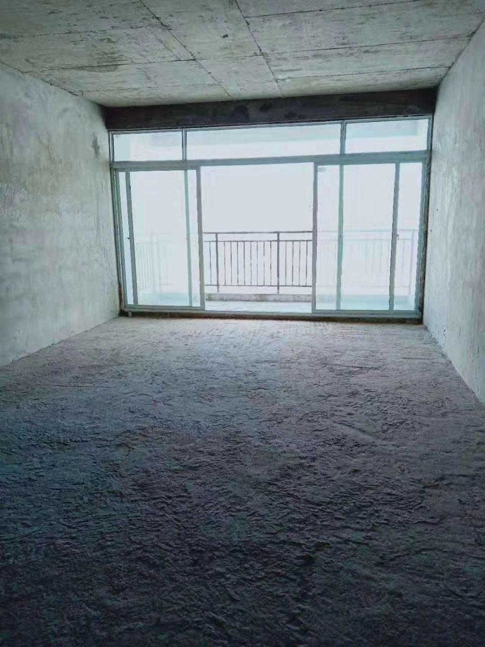 水井湾小区3室 1厅 1卫63万元